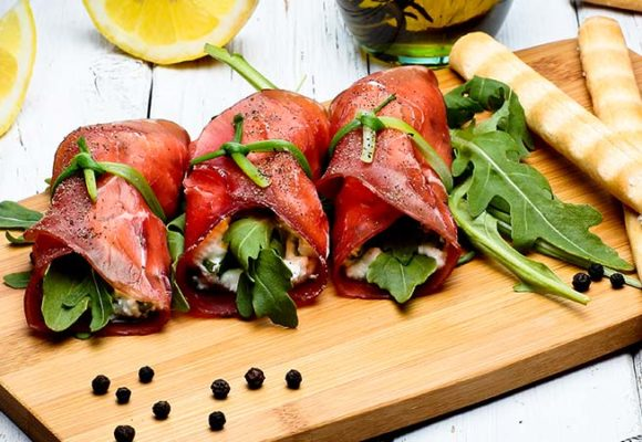 Carne Salada rolls with herbs-cheese